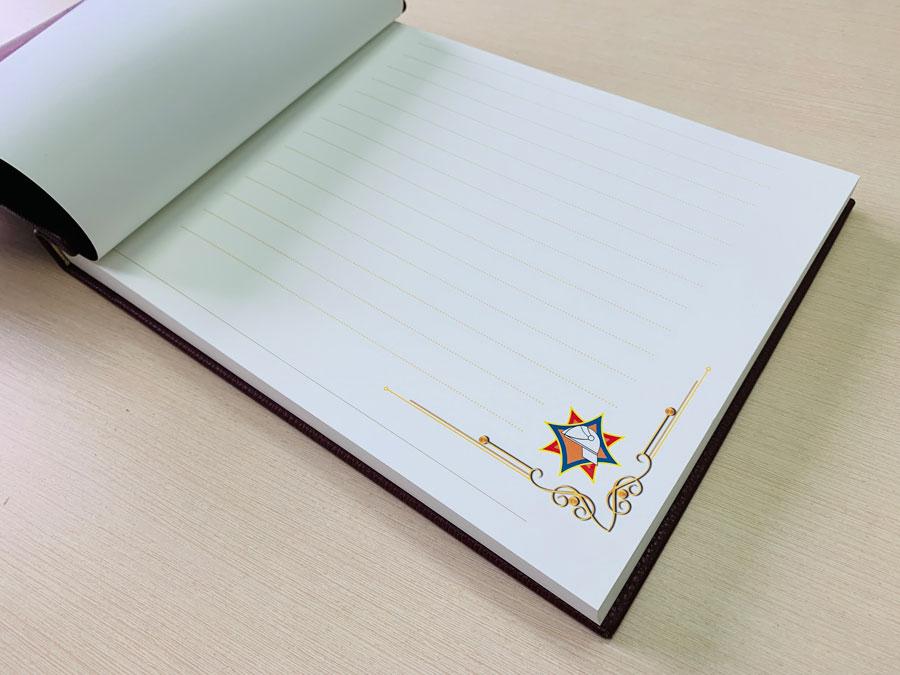 Книга почетных гостей от издательского дома Сегмент фото-10