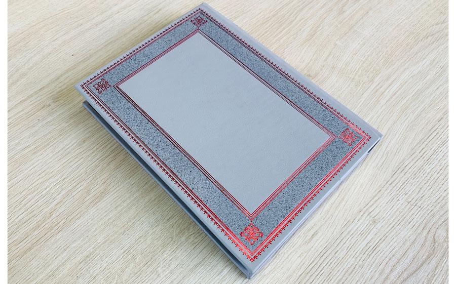 Кожаный переплет книги Саковича издательства Сегмент оксфорд фото-3