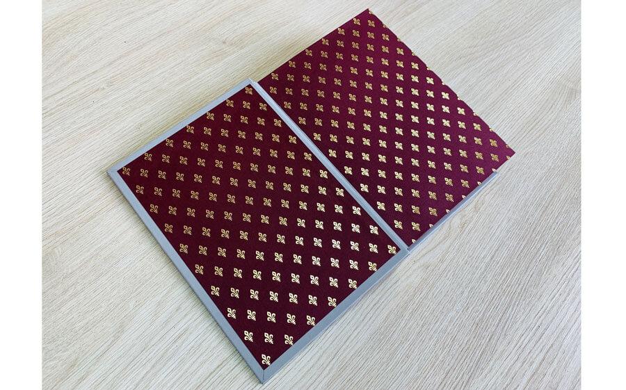 Кожаный переплет книги Саковича издательства Сегмент оксфорд фото-6